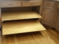 Slide-Out-Kitchen-Shelving